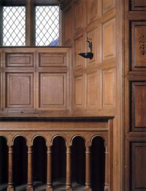 1-3b.12 oak panelling